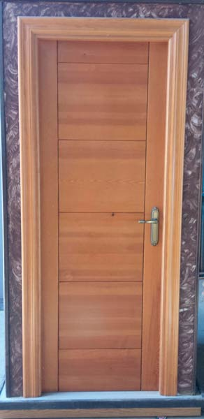 Laminadas de aglomerado for Puertas madera maciza interior